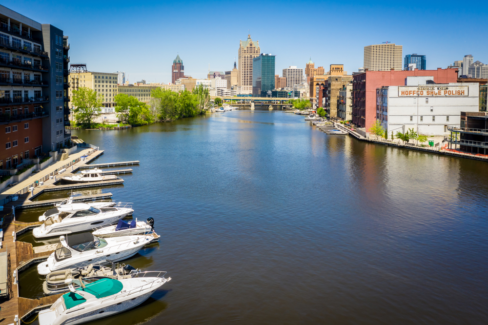 Milwaukee Aerial view of lake and boat dock