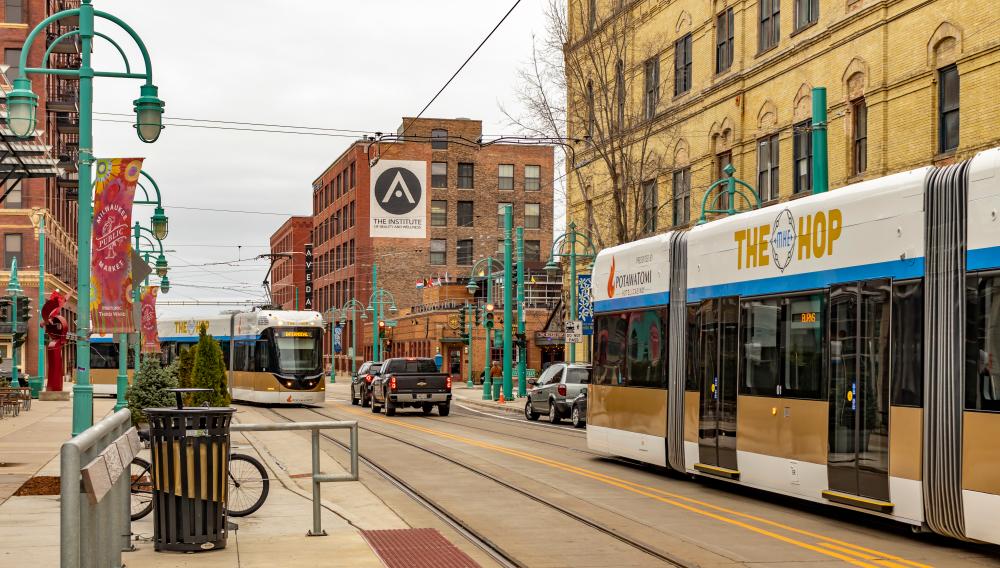 Milwaukee The Hop transit