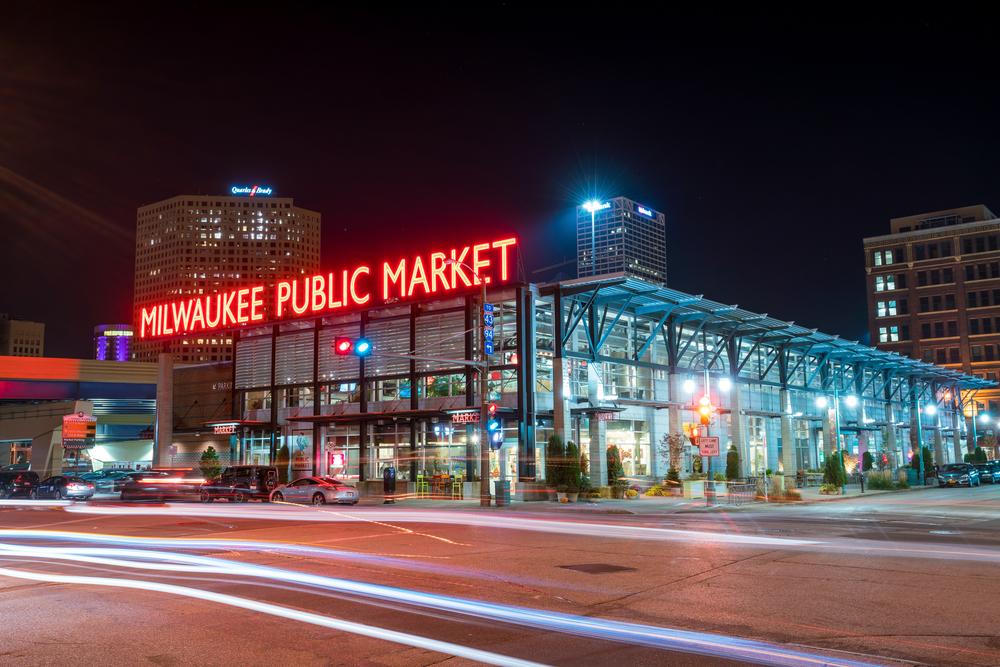 Neon sign displaying Milwaukee Public Market